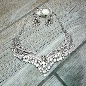 Flashy sparkly necklace and earrings